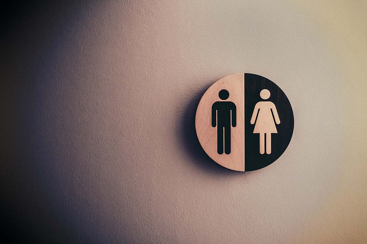 male-and-female-signage-on-wall-klein