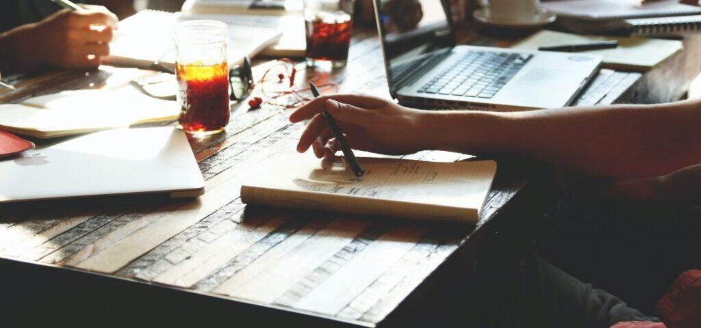 people-notes-meeting-team-