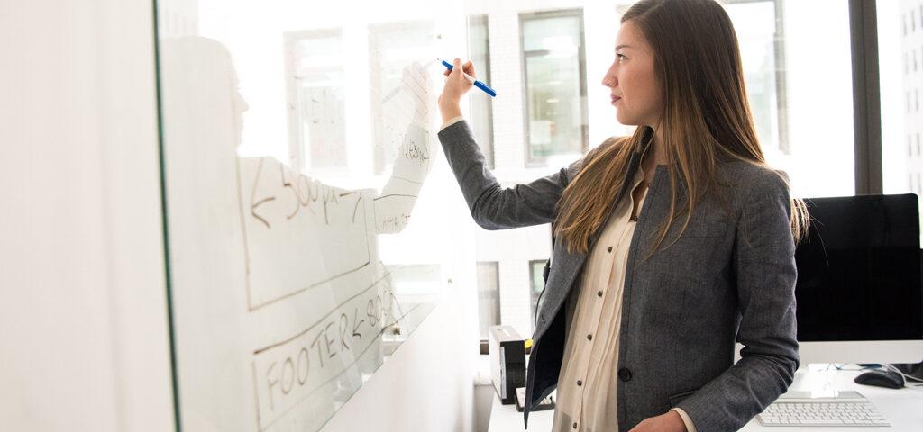 Frauen haben in der-Schweiz 36 Arbeitstage gratis gearbeitet